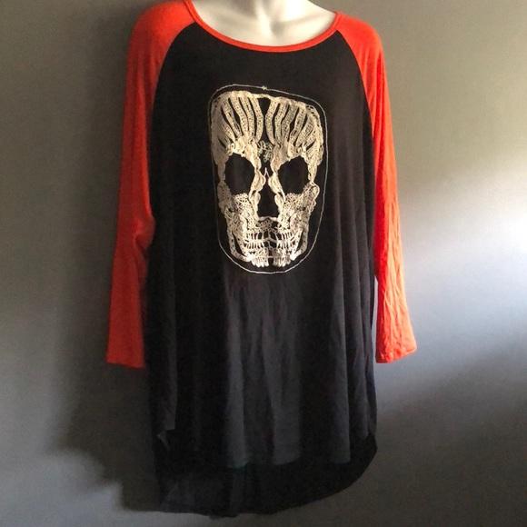 Free Kisses Skull Black & Orange Baseball Tee NWT